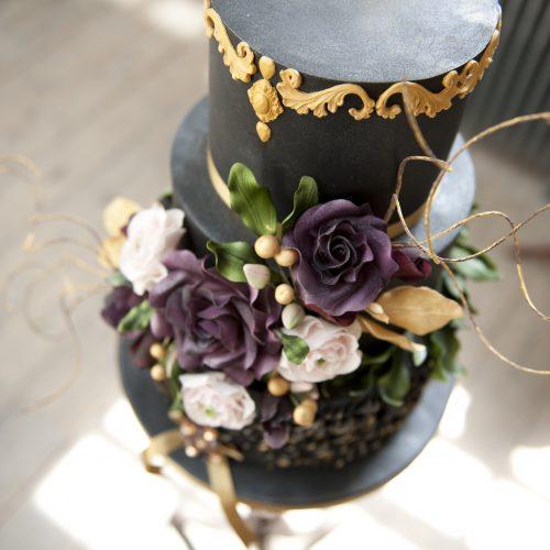 Botanicals Top Hat Cake