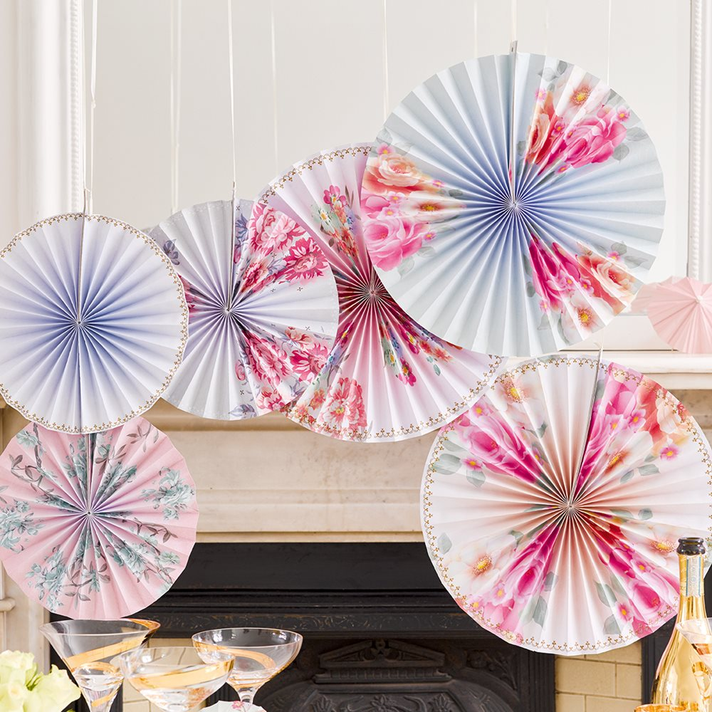romantic-floral-paper-pinwheel-decorations